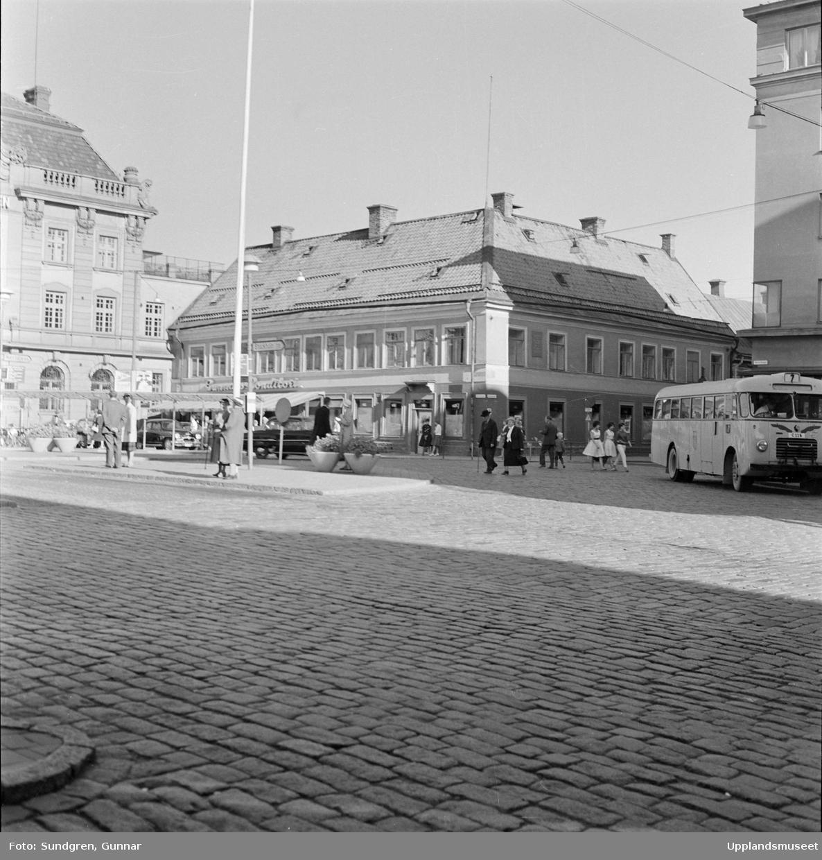 Scheeleska huset i Uppsala, som revs för att ge plats åt Åhléns varuhus. Foto: Gunnar Sundgren/Upplands museum