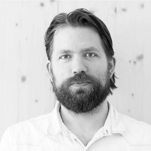 Aron Aspenström skriver om rum i olika bemärkelser – om hur rum blir till och hur de formar vår vardag.