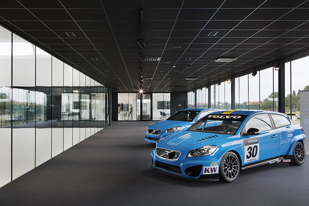 CYAN racing, Mölndal. Arkitektkontor Liljewall. Foto: Carl Ander och Kalle Sander.