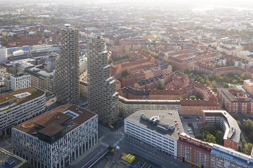 Norra tornen i Stockholm. Office for Metropolitan Architecture (OMA). Foto: Laurian Ghinitoiu.